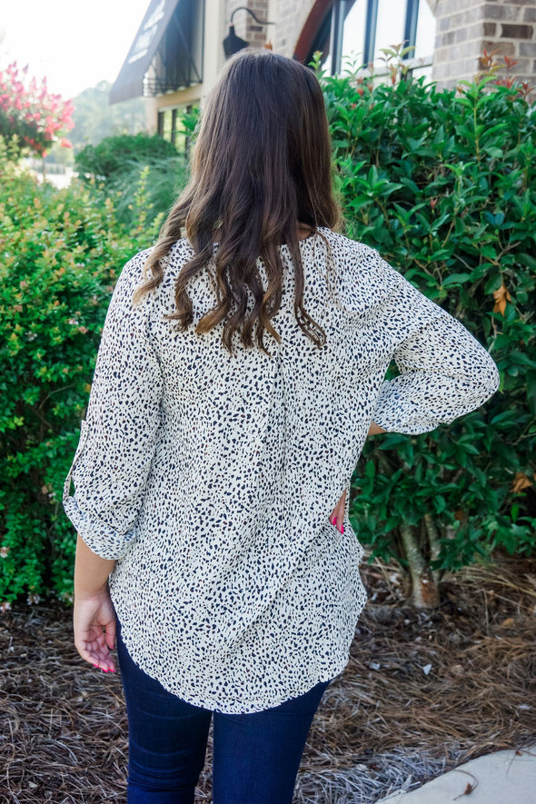 CREAM DOTTED BUTTON SLEEVE TUNIC