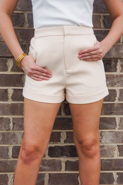 TAILORED BASIC SHORTS