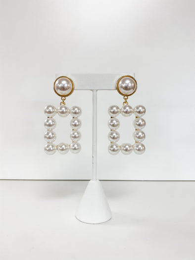 PEARL RECTANGLE EARRING