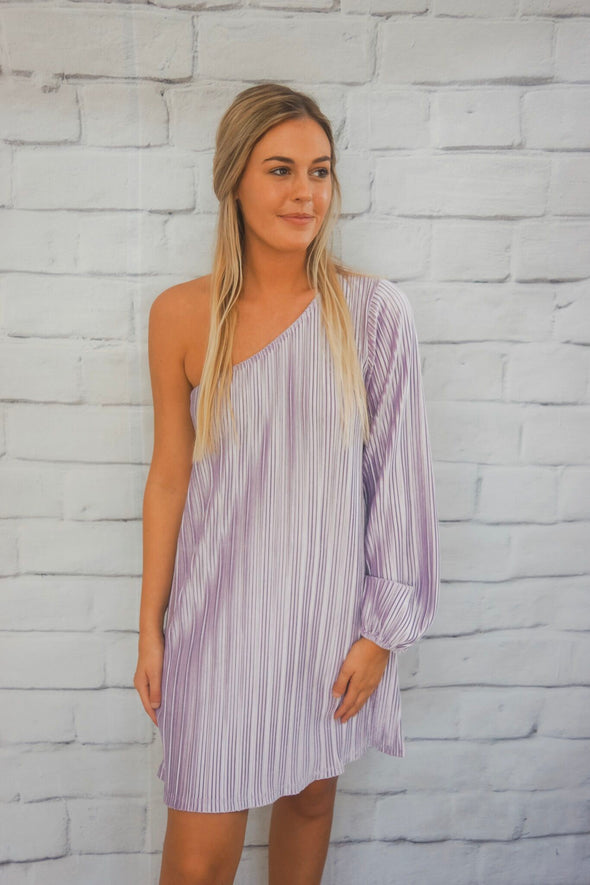 VELVET ONE SHOULDER DRESS IN LAVENDER