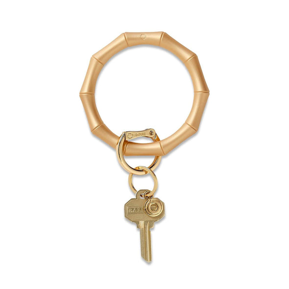 BIG O SILICONE KEY RING IN GOLD BAMBOO