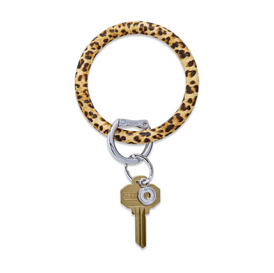 BIG O SILICONE KEY RING IN CHEETAH