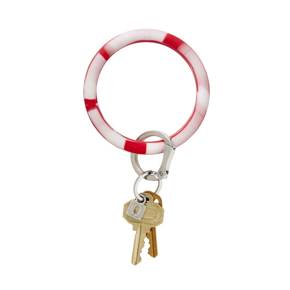 BIG O SILICONE KEY RING IN CHERRY ON TOP MARBLE
