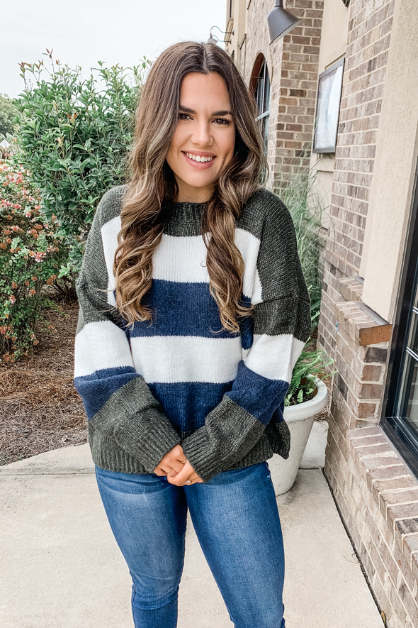 OLIVE & NAVY STRIPED BOXY SWEATER