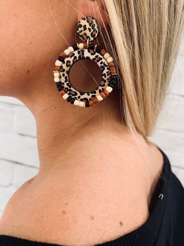 LEOPARD BEADED WOODEN EARRING