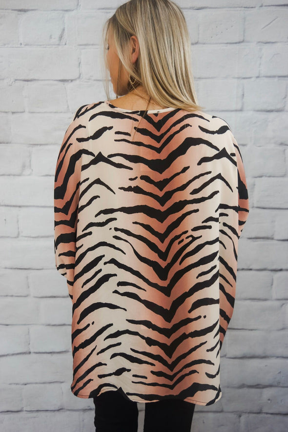 ANIMAL CREPE TOP