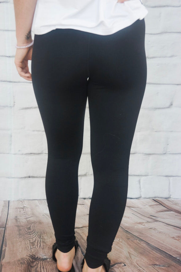 SOLID BLACK HIGH WAISTED LEGGING