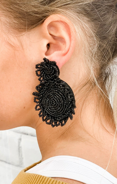 ROUND BLACK BEADED EARRING