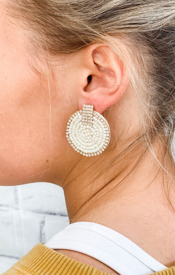 ROUND IVORY BEADED EARRING