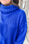 ROYAL BLUE OVERSIZED CABLE KNIT SWEATER