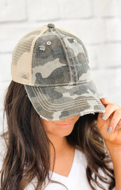 GREY CAMO PONY TAIL HAT