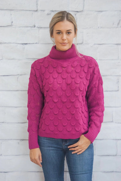 MAGENTA TURTLE NECK SWEATER