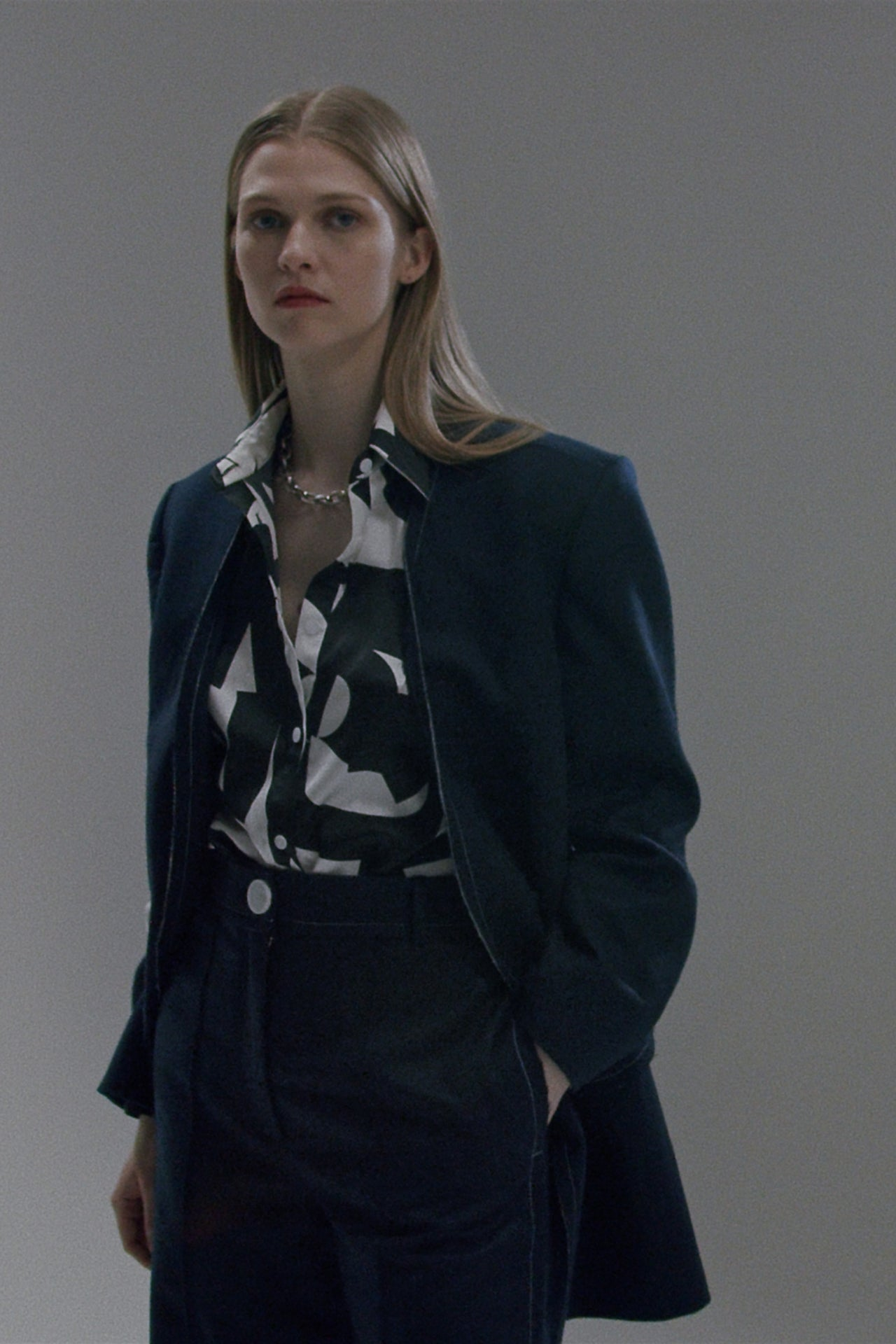 LORING NEW YORK Fall Winter 2021 Collection Look2