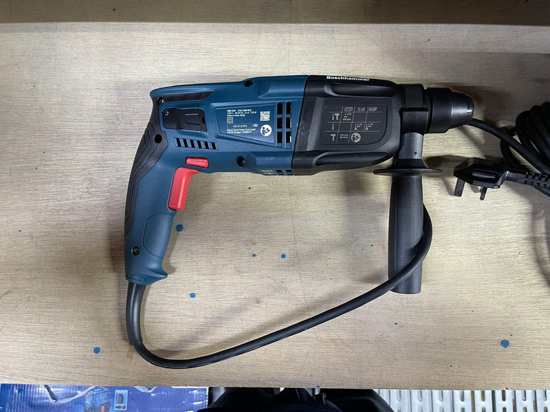 Bosch GBH220 Rotary Hammer with SDS Plus, 3in1 Mode, 720W, 2000rpm, 2.3kg, 240V | Model : B-GBH220
