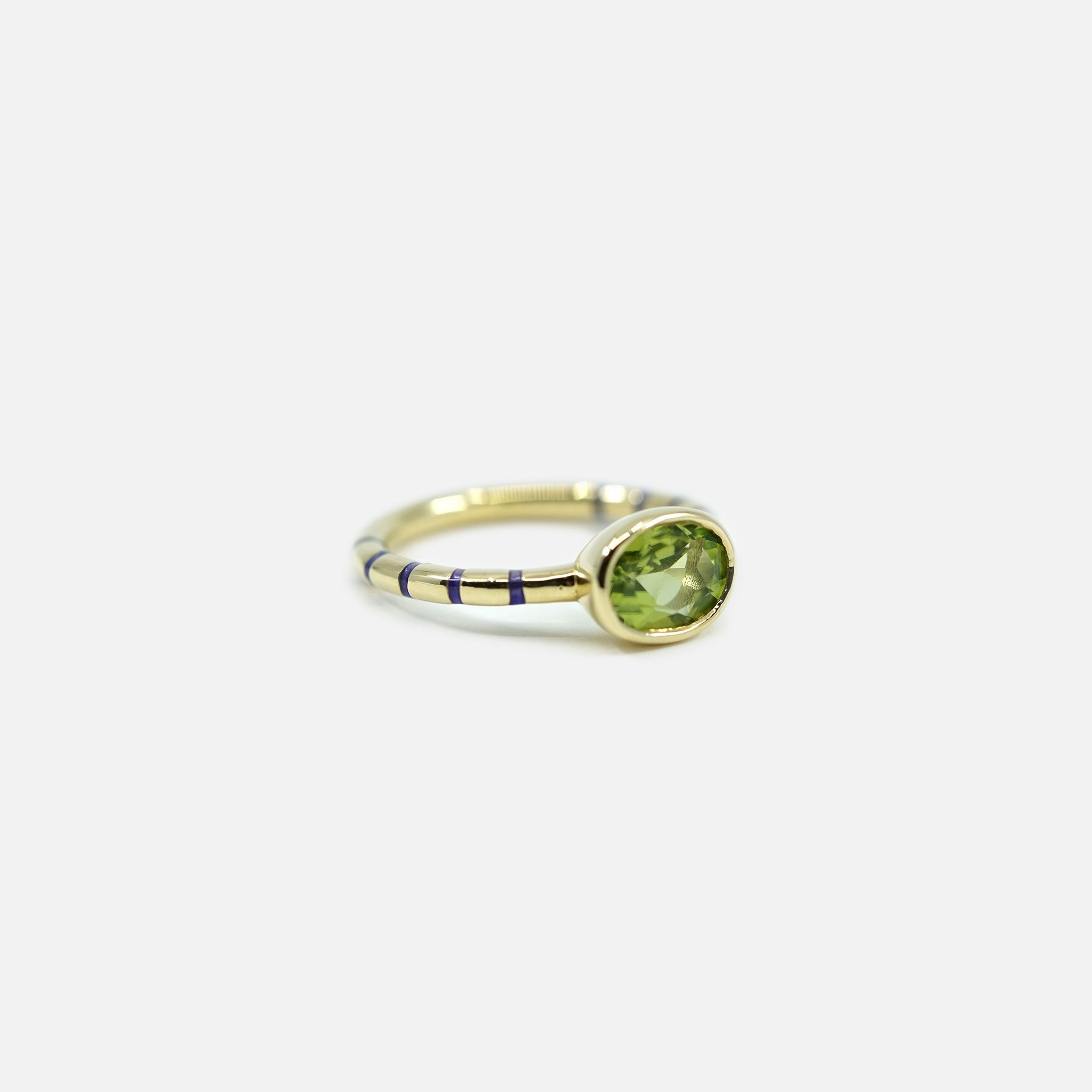 Shirley Bezel Set Striped Enamel Ring - Peridot/Violet