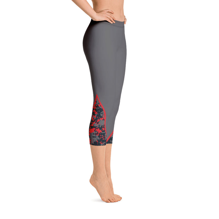 Charcoal/Red Camo Full Dye Reg Waistband Capri Leggings