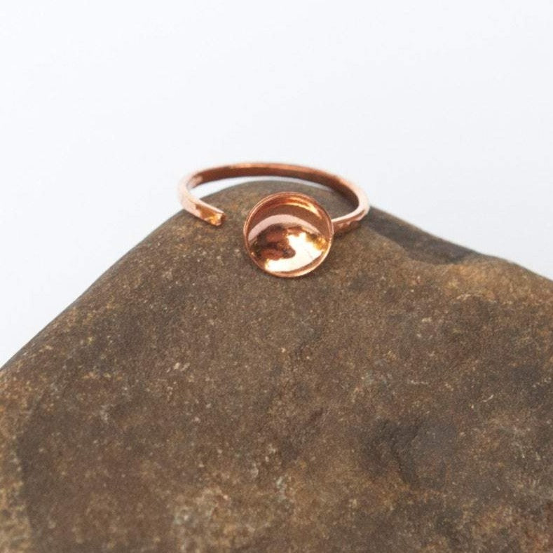 Open ring in copper with 9mm ø bowl   (Made to order)