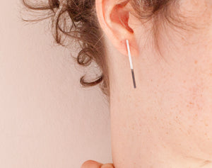 Ready-to-ship : Long bar stud earrings in silver with oxidised part