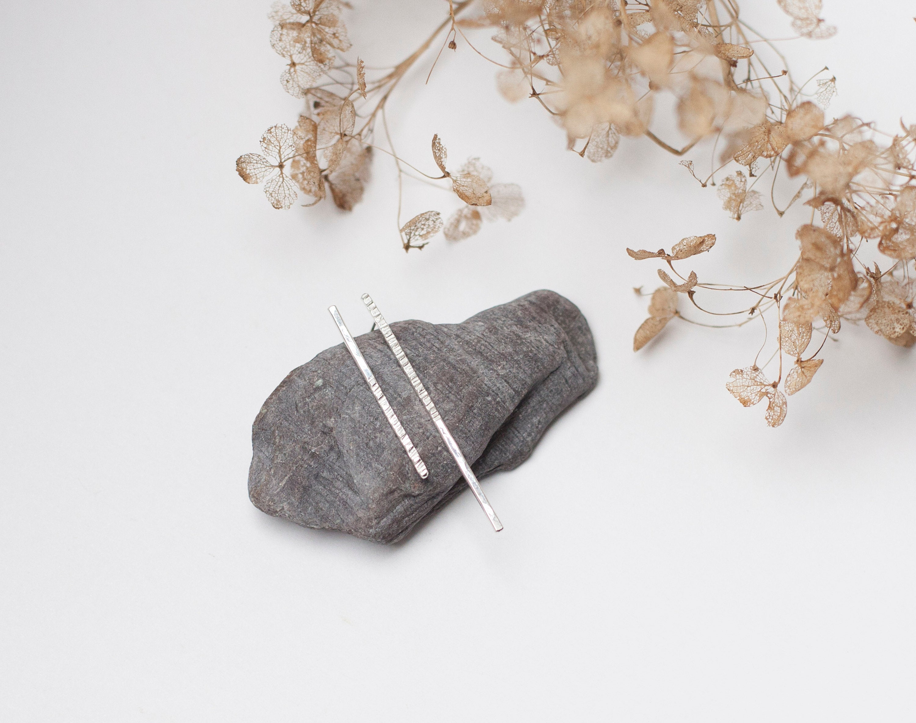 Silver asymmetrical earrings with hammered sparks      (made to order)