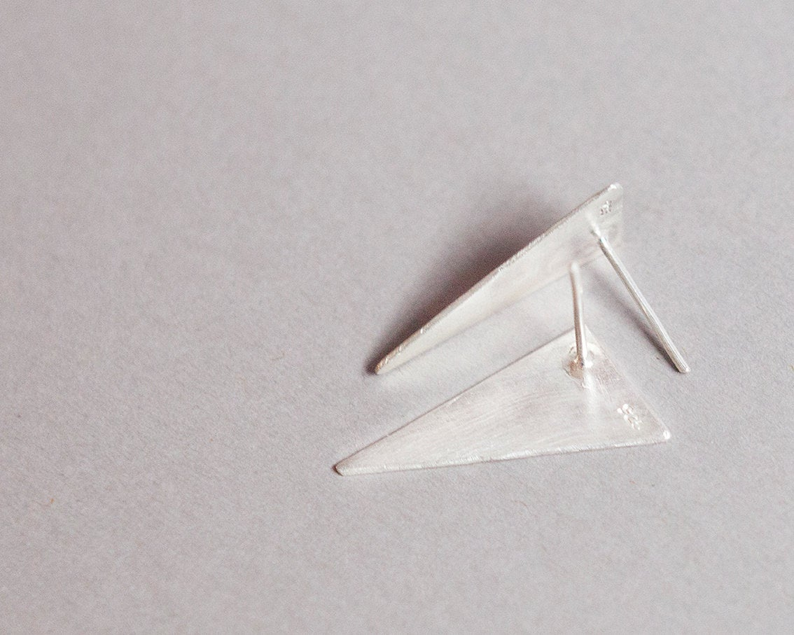 Small triangle stud earrings in silver   (made to order)