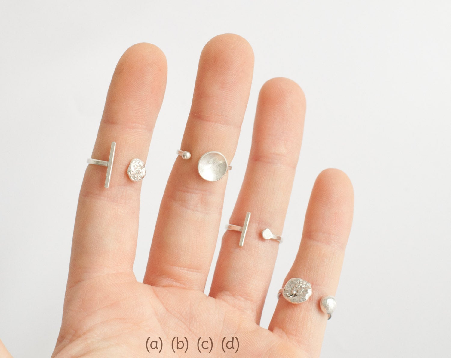 Ready to ship, size 59 // 9 : adjustable silver ring ~ moon & pearl