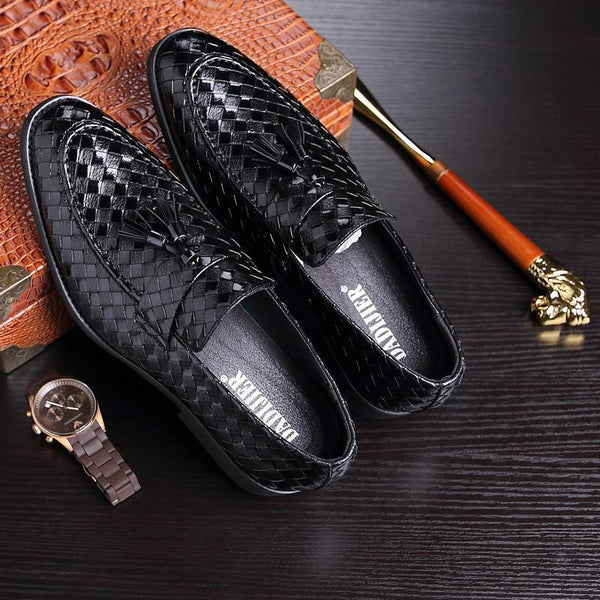 Fashion Casual Pointed Head Plaid Leather Shoes