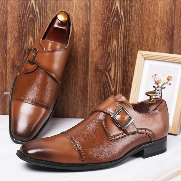 Elegant Men's Buckle Business Shoes