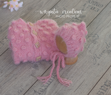 Load image into Gallery viewer, Footed romper and matching hat for Newborn, pink. Bubbly-knit style. Fuzzy yarn. Ready to send