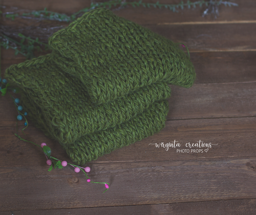 Blanket/layer. Moss green. Bump blanket. Basket filler. Ready to send. Photo prop
