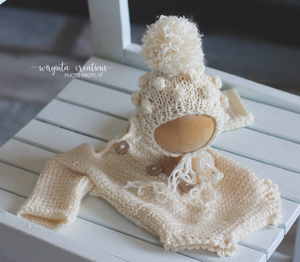 Newborn long-sleeved romper and matching hat. Cream. Pale yellow. Brown. Ready to send photo props