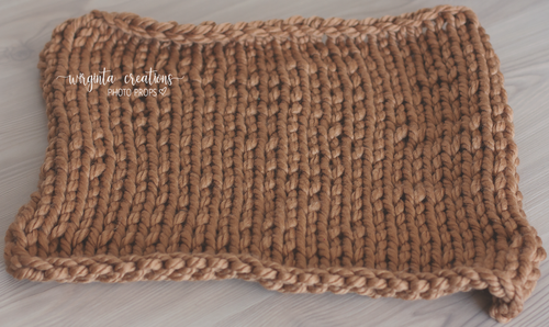 Chunky knitted blankets/layers. Brown, beige. Ready to send