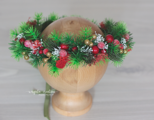 Flower halo for sitter. Forest berries. Green and red. Ready to send