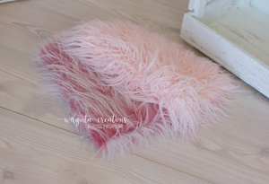 Faux fur layer/Basket filler/Layering blanket. Photography prop. Ready to send
