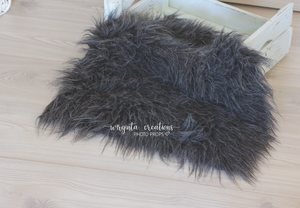 Faux fur layer/Basket filler/Layering blanket. Grey.Photography prop. Ready to send