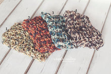 Load image into Gallery viewer, Handmade chunky knitted blankets/layers. Ready to send. Sale