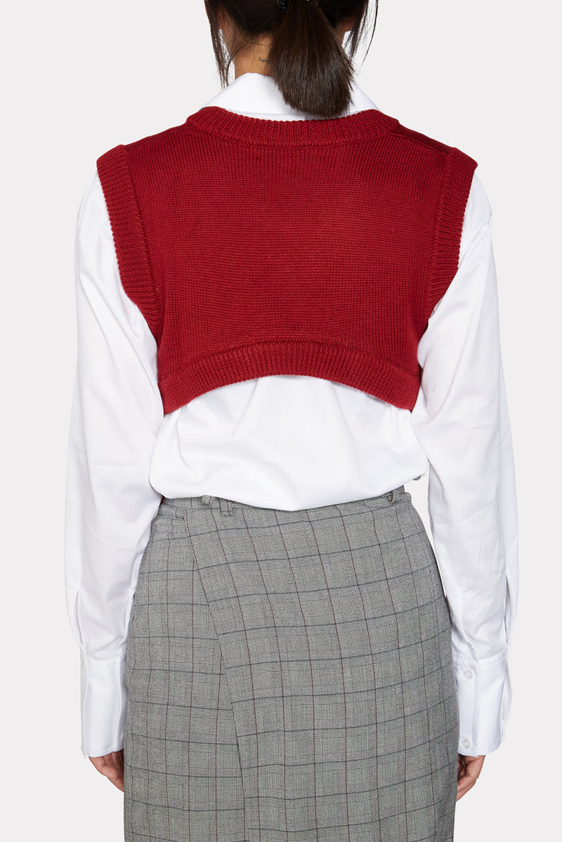 BERRY RED KNITTED VEST
