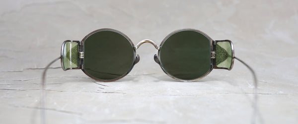RIGARDS X UMA WANG VINTAGE BLACK AND GREEN SHIELD SUNGLASSES WITH GREEN LENS