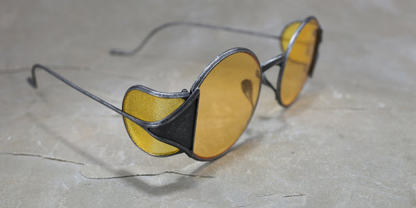 RIGARDS X UMA WANG VINTAGE BLACK AND YELLOW SHIELD SUNGLASSES WITH YELLOW LENS
