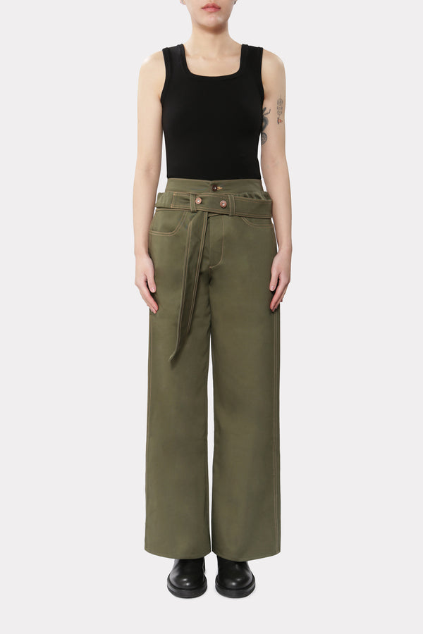 Trousers with Extra panel
