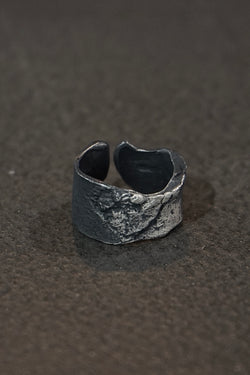 Detaj x Uma Wang Burned Black Bandage Ring