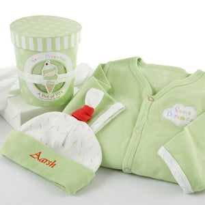 "Personalized ""Sweet Dreamzzz"" Cotton Baby Gift Set"