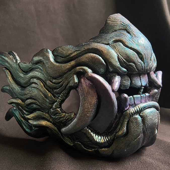 SNARL HALF MASK- IRIDESCENT GREEN GOLD