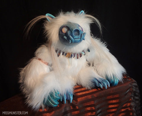 FORMIGNY THE FROST GOLEM DOLL