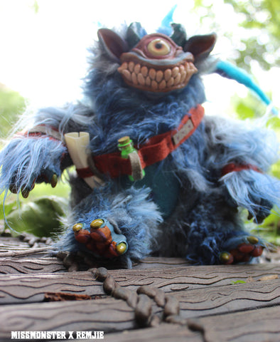 QUINSY THE ONI- REMJIE COLLABORATION DOLL