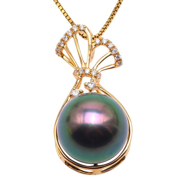 18K Gold 18 Inch Peacock Green Tahiti Pearl with Diamonds Necklace