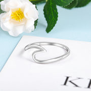 Beautiful 925 Sterling Silver Wave Shaped Ring