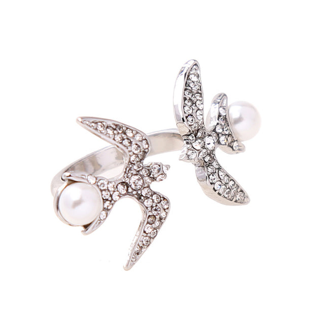 Black & White Cubic Zirconia Swallow & Pearl Ring