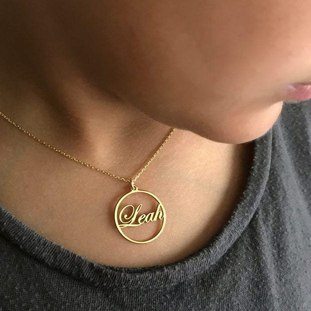 Gold Circle Personalized Name Pendant & Necklace Customized Jewelry