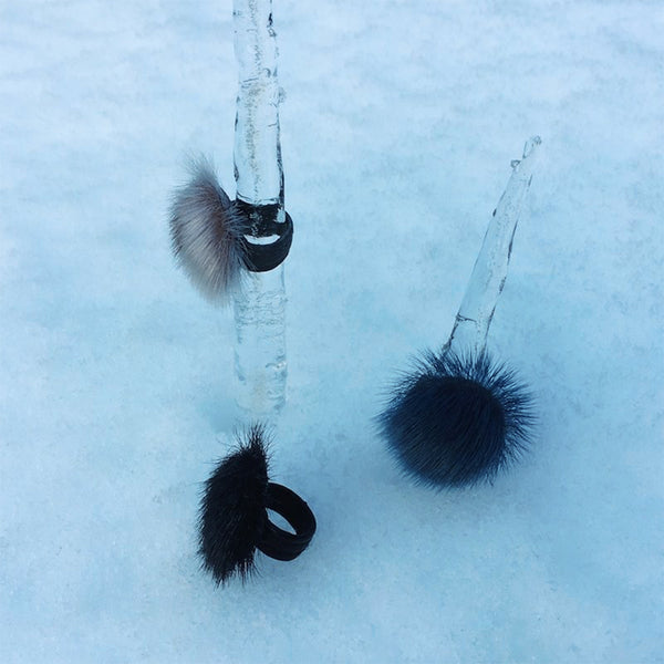 LIVA ring , seal, black