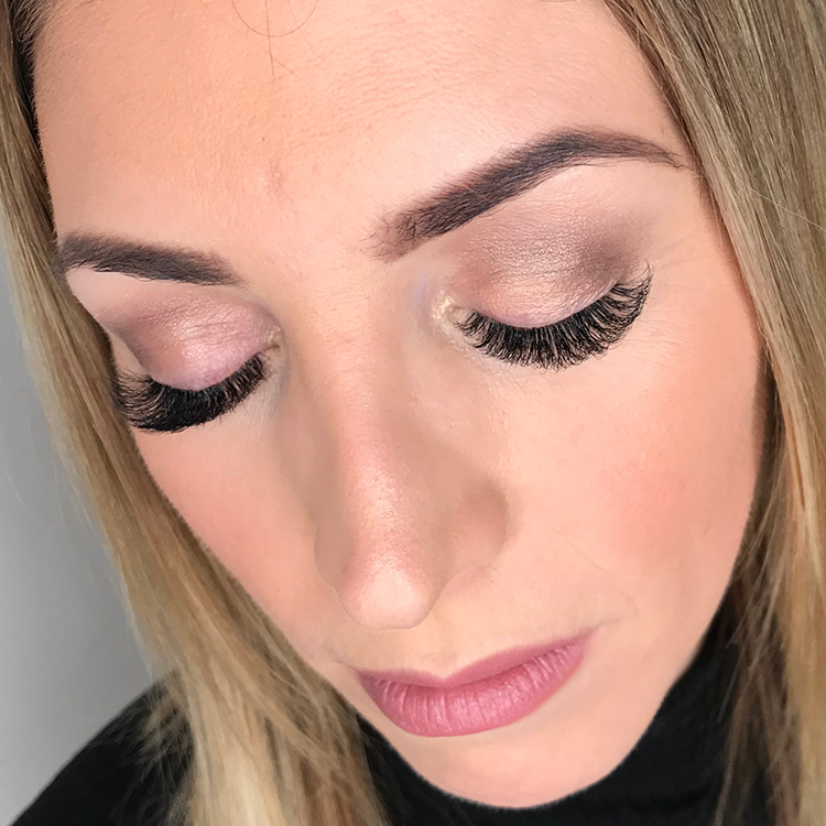 Straight to Volume Eyelash Training